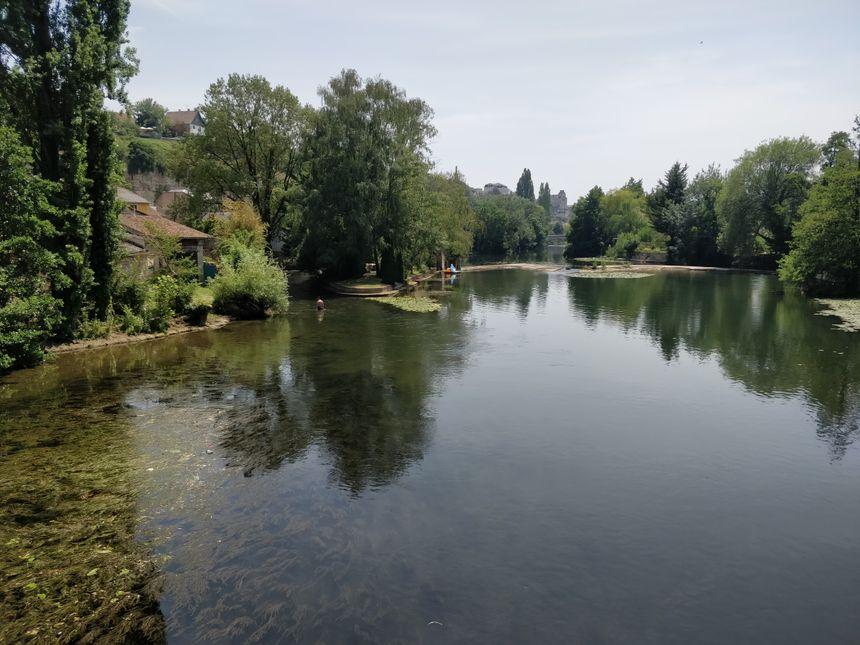 Le niveau du Clain près du Pont-Neuf à Poitiers est particulièrement préoccupant