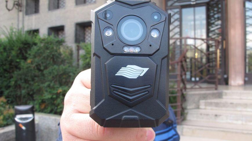 Les caméras piétons bientôt testées par les pompiers ont déjà été expérimentées par la police