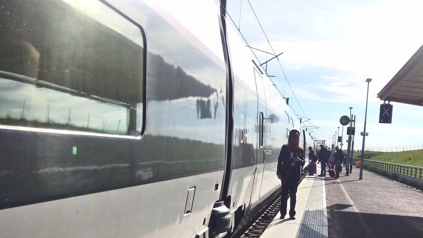 Deux TGV ce vendredi 26 juillet ont subi des retards de 30 minutes à 1heure suite à l'accident de Pont-à-Mousson