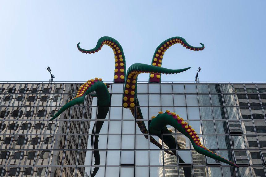 Le poulpe géant du collectif Designs in Air