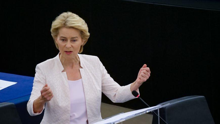 L'Allemande Ursula von der Leyen a été élue mardi 16 juillet par les eurodéputés présidente de la Commission européenne, devenant la première femme à la tête de l'exécutif européen.