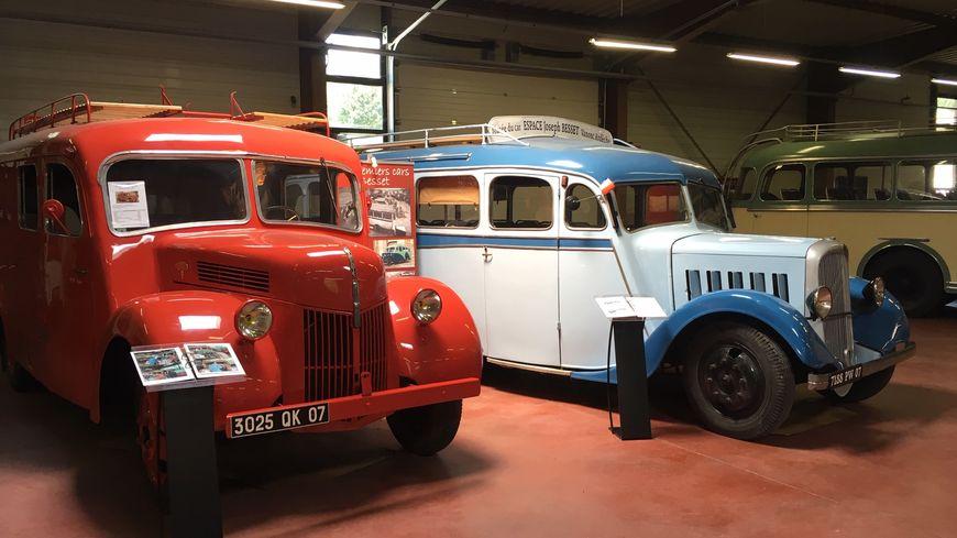 C'est un voyage dans le temps à la découverte des cars de nos aïeux que propose le musée du car.