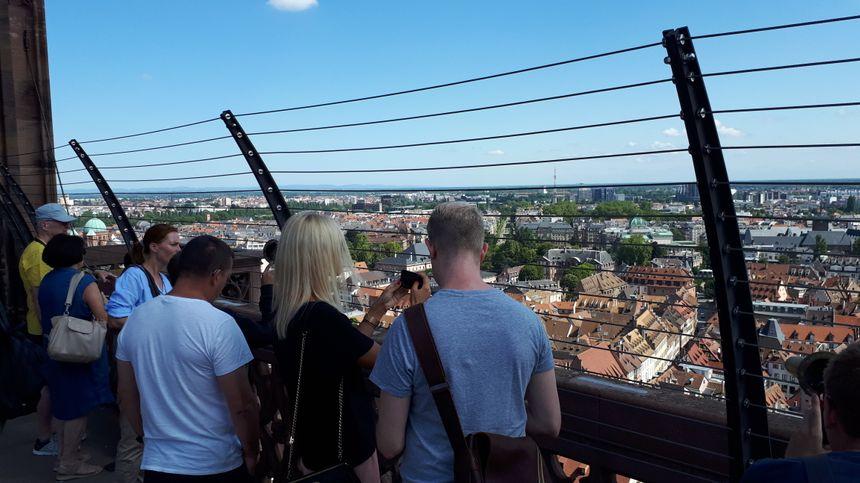 La plateforme de la cathédrale de Strasbourg, en travaux depuis janvier 2019, la plateforme a rouvert ce lundi 29 juillet 2019.