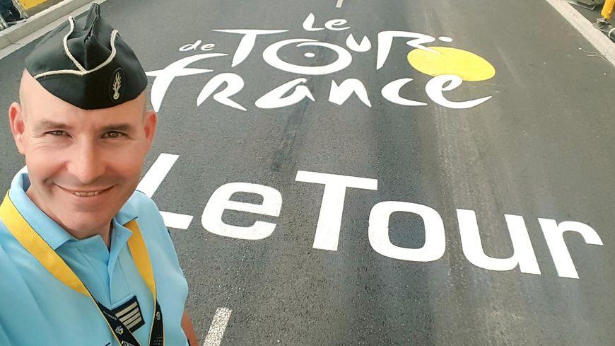Les tourangeaux Gabriel Lothe et Mickaël Le Rouzic sont mobilisés cette année sur le Tour de France. Les deux gendarmes font partie du dispositif de sécurité qui va suivre les coureurs et la caravane.
