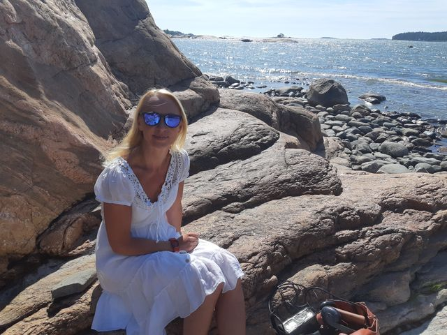 Hanna, l'un des guides du bonheur finlandais, s'apprête à accueillir une famille chinoise
