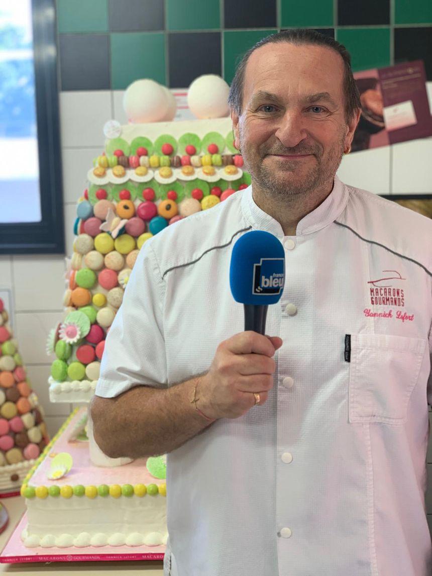Yannick Lefort, pâtissier dirigeant des Macarons Gourmands