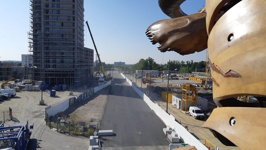 Le Minotaure peut à présent évoluer de l'autre côté de la Piste, vers le chantier de Montaudran en direction de l'IRT.