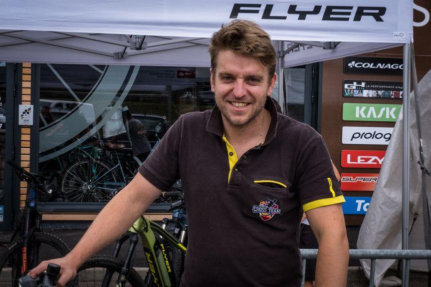 Matthieu Converset, ancien cycliste récemment reconverti qui courrait adolescent avec Thibaut Pinot.