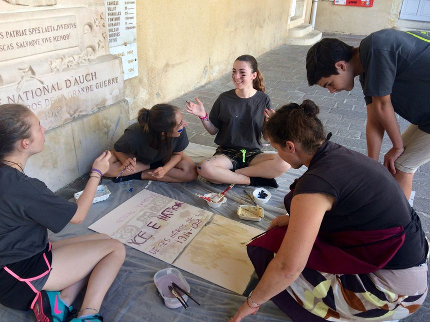 La plupart des jeunes engagés dans ce projet n'ont jamais fait de peinture ou d'histoire de l'art