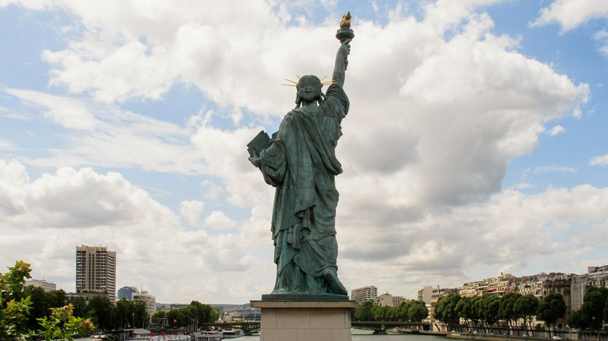 La Statue de la Liberté de l'Île aux Cygnes à Paris