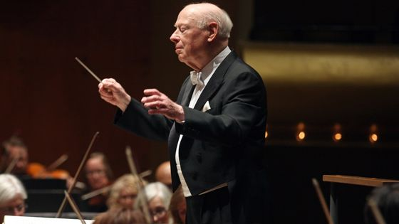 Bernard Haitink à la tête du New York Philharmonic, dans la Symphonie n°9 de Mahler en 2016
