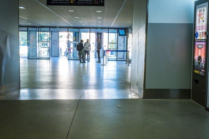 La gare Viotte de Besançon, un des points de convergence  des jeunes migrants à Besançon