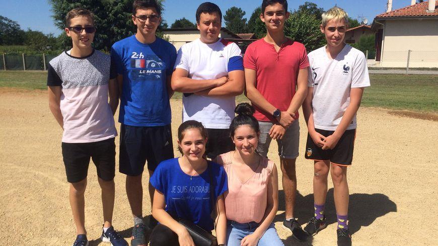 Les jeunes de Saint-Perdon organisent la course landaise sur le terrain des anciennes arènes