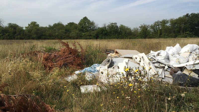 Dans le département du Val-d'Oise, 281 points de dépôts sauvages ont été cartographiés par les gendarmes.