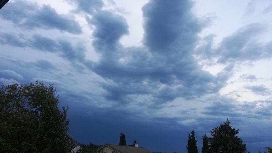 Des orages, de la grêle et des vents violents sont annoncés. Image d'illustration.