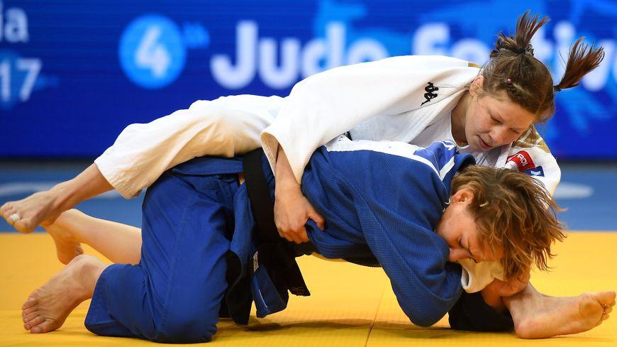 Margaux Pinot pendant les championnats d'Europe de judo en 2017.