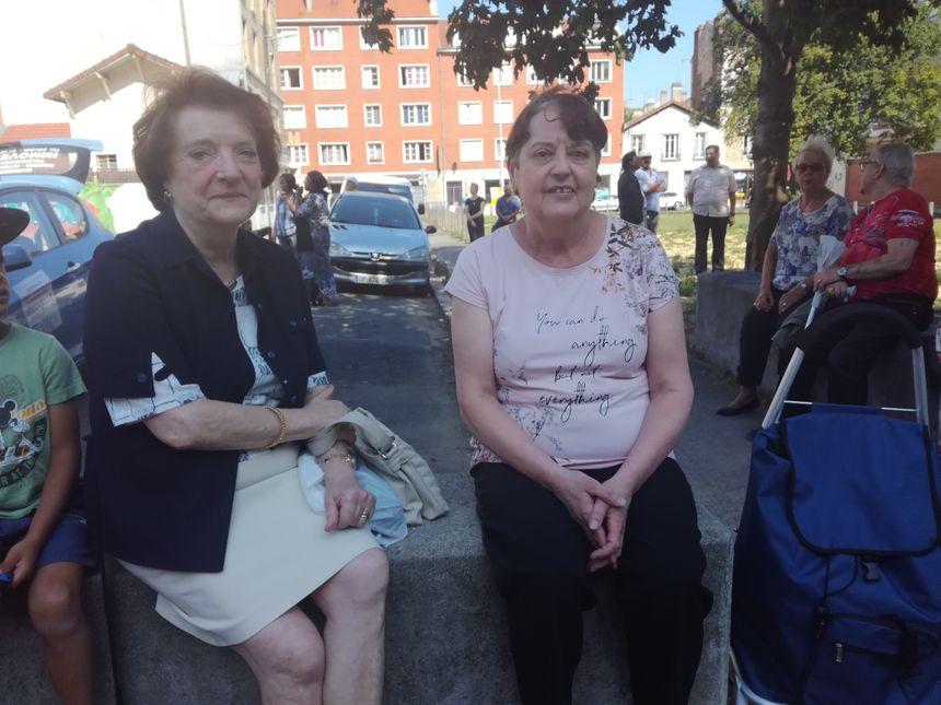 A gauche, Liliane, 75 ans dont 22 ans passés à la cité. A droite, Josiane, 69 ans dont 30 vécus à Gagarine.