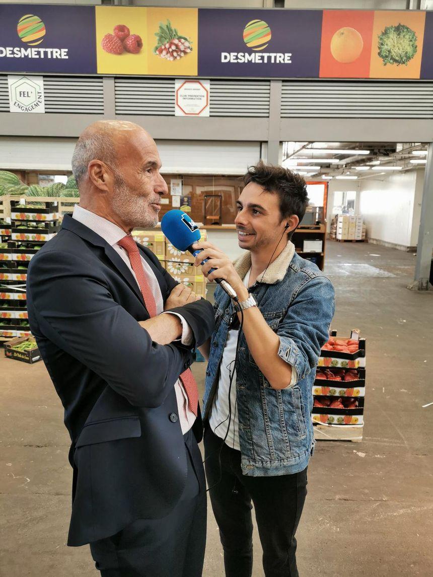 Dominique Batani, directeur du marché de Rungis, au micro de Quentin Lhuissier