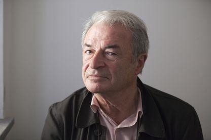 Portrait de l'écrivain Olivier Rolin le 14 octobre 2017.
