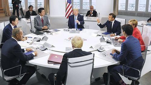Épisode 1 : L'économie mondiale à la peine