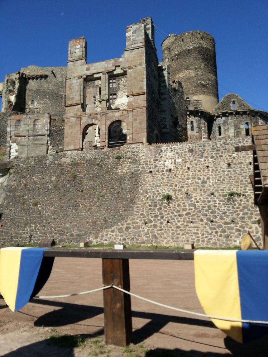 Le château de Murol dans le Puy de Dôme