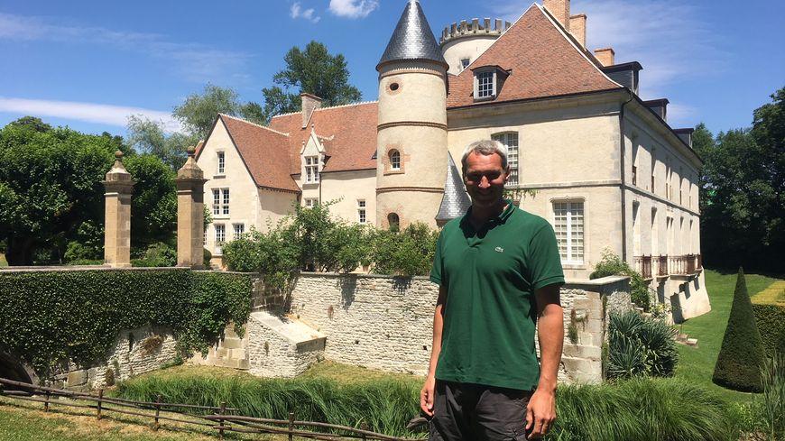 Jonathan, jardinier du Parc du Château de Pesselières