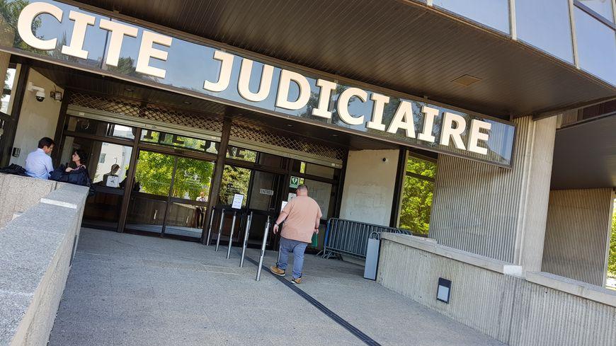 Le militant italien doit être présenté à un juge mercredi 14 août à Rennes
