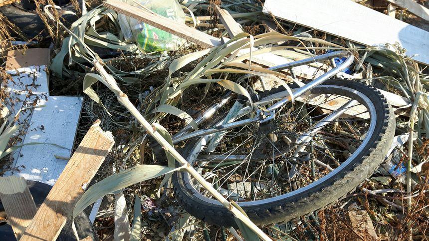 Des restes de vélos volés...