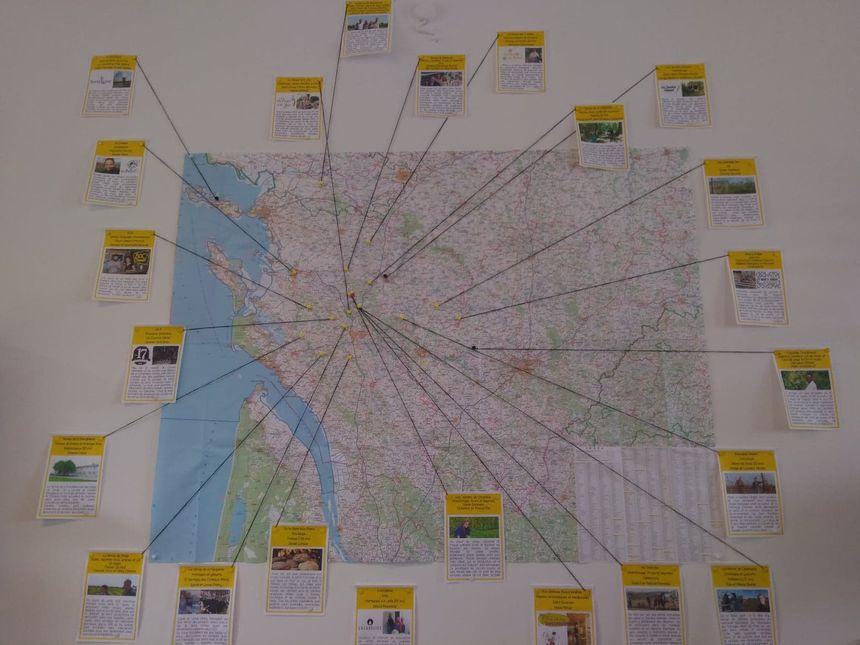 Une carte permet de savoir d'où viennent les produits et par qui ils sont fabriqués.