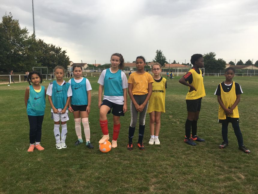 Graines de championnes de football féminin à Poitiers