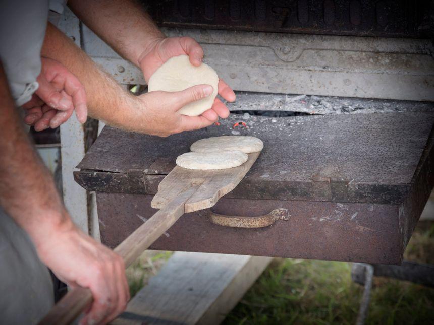 La cuisson des fouées, un savoir-faire bien vivant
