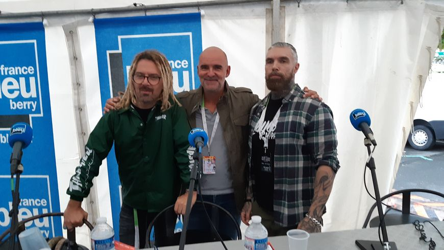 """Mass Hysteria avec Manuel Bonnefond...le """"rocker"""" de France Bleu Berry"""