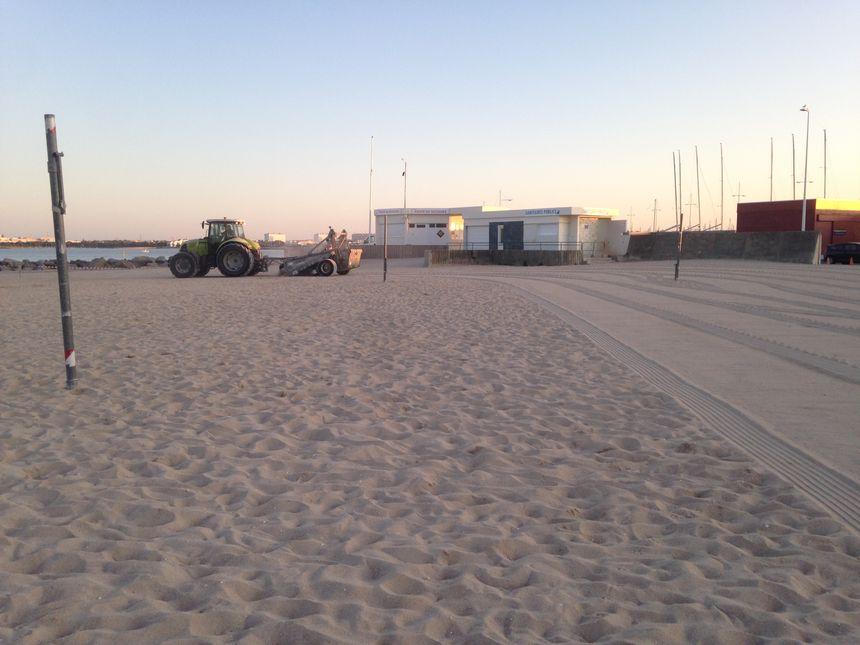 Le sable de la plage des Minimes tamisé