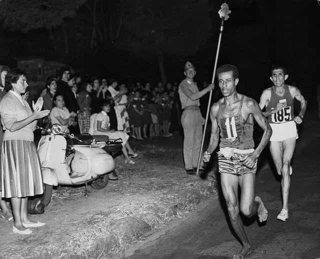 Abebe Bikila, vainqueur du marathon de Rome en 1960