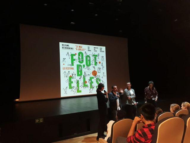 Foot féminin. Avec les élèves de première du lycée Voillaume d'Aulnay-sous-bois
