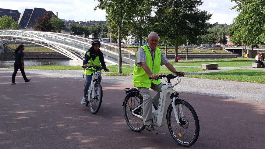 Une trentaine de touristes a testé ces vélos à hydrogène cet été lors de promenades commentées le long de la Vire entre Saint-Lô et Condé-sur -Vire