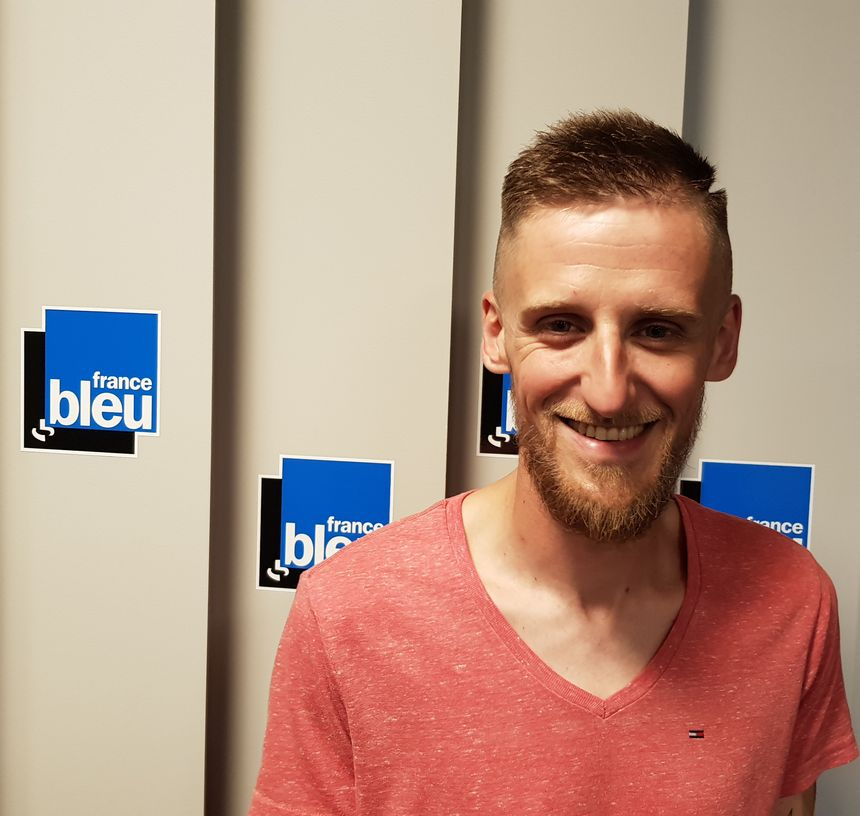 Julien Barret, animateur pour La Fédération de Haute Vienne pour la Pêche et la Protection du Milieu Aquatique.