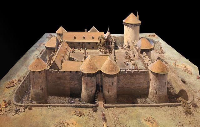 Maquette du château de Dourdan