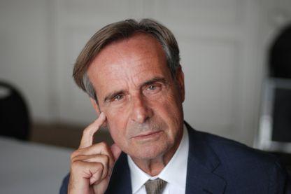 Portrait du Dr Patrick Légeron, psychiatre et co-auteur du rapport de l'Académie nationale de médecine sur le burn-out.