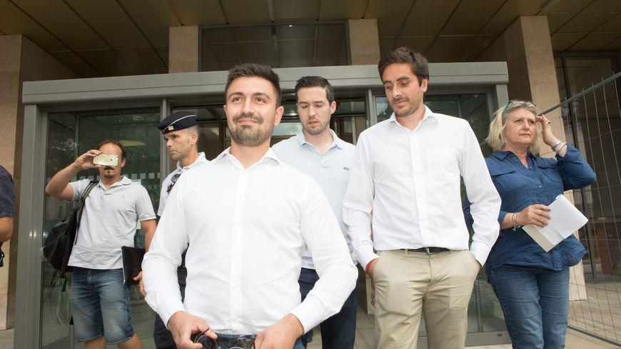 Le procès des membres de Génération Identitaire le 11 juillet 2019 devant le tribunal correctionnel de Gap, après l'opération anti-migrants au Col de l'Échelle. Sur la photo, Clément Gandelin et Johan Teissier, porte-paroles de l'association