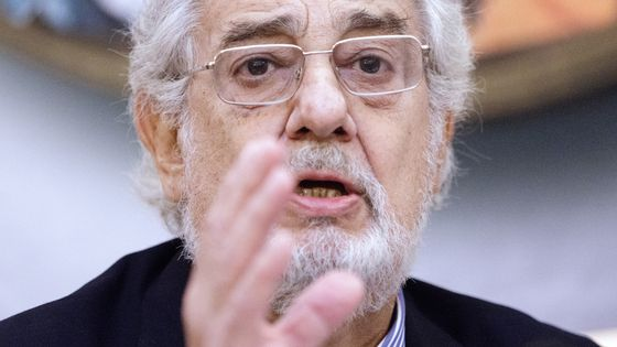 Neuf femmes accusent Placido Domingo d'inconduite sexuelle