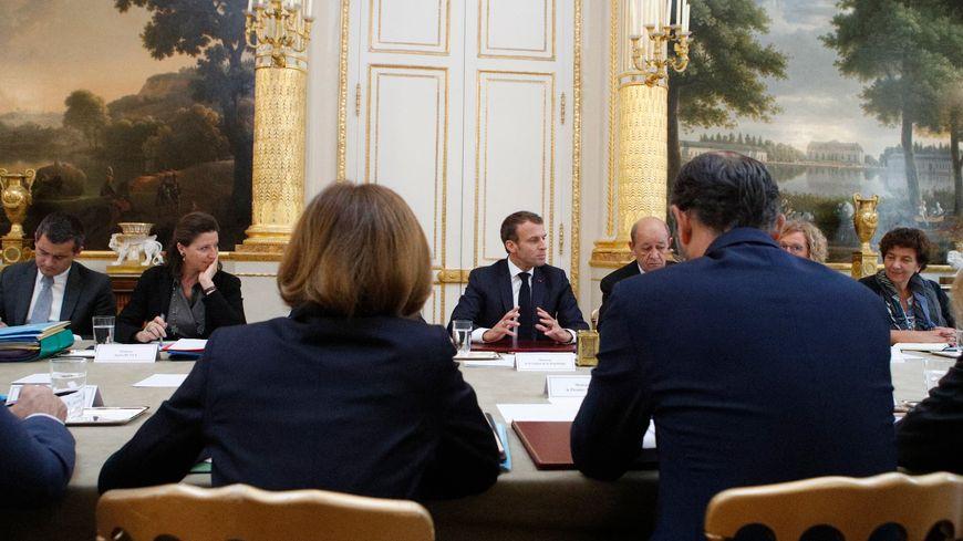 Emmanuel Macron va présider le premier Conseil des ministres post-estival, ce mercredi.