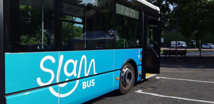 Le réseau des bus et transports de Saint-Lô Agglo s'appelle désormais SLAM.