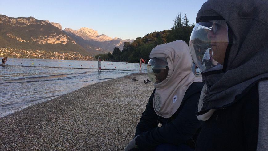 Les enfants atteints du Xeroderma Pigmentosum (XP) doivent porter des masques pour les protéger des rayons ultraviolets
