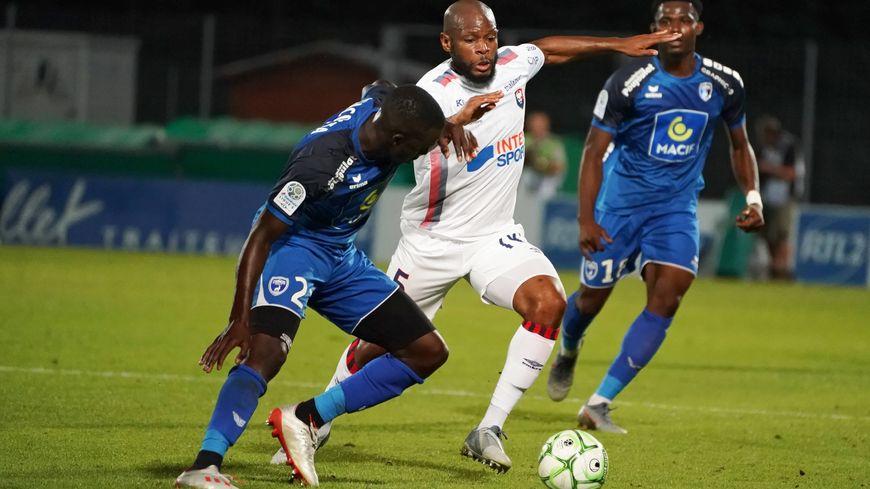 Malgré un nouveau but, Sankoh a manqué deux belles occasions d'offrir la victoire à Caen face à Niort. Le SMC rapporte un nul et fait du surplace au classement.