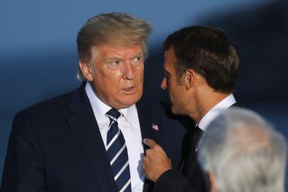 Emmanuel Macron et Donald Trump lors de la « photo de famille », peu après la rencontre avec le ministre iranien à Biarritz