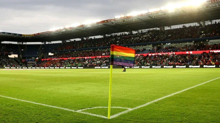 La lutte contre l'homophobie est devenue l'un des combats du football français.