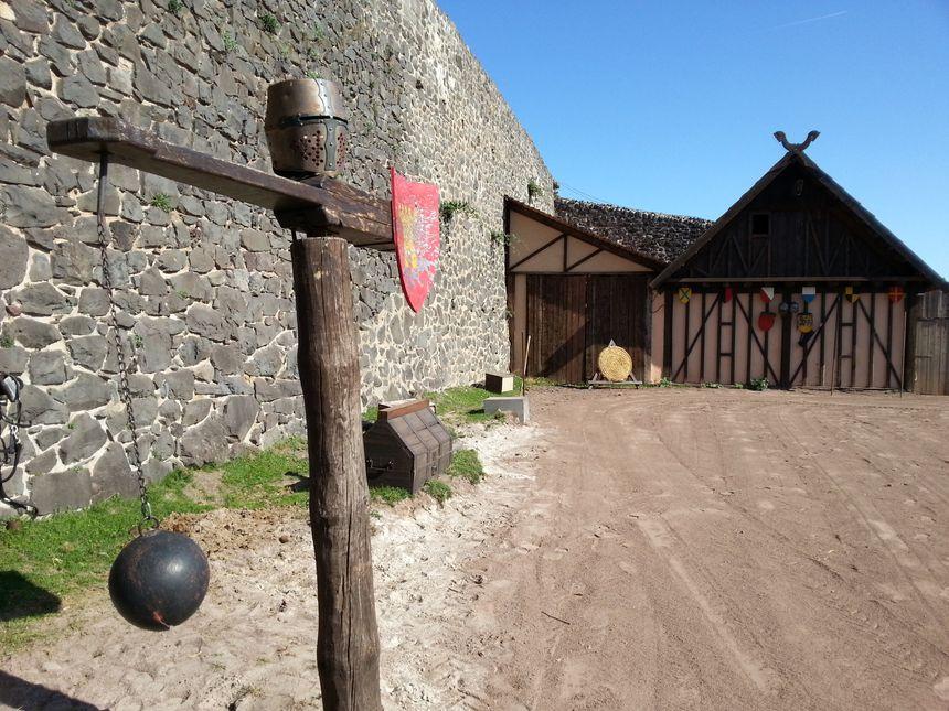 Château de Murol dans le Puy de Dôme