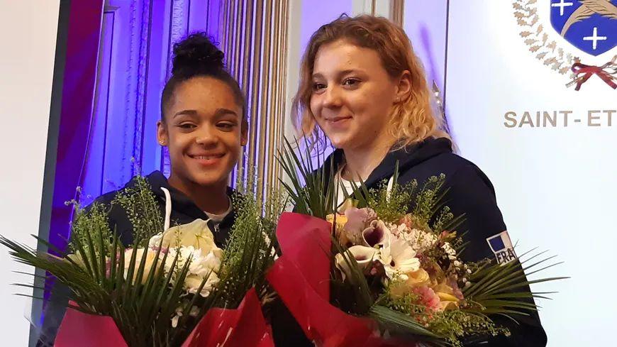 Mélanie De Jesus Dos Santos et Lorette Charpy s'entraînent au pole de Saint-Etienne.