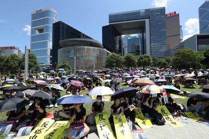 Manifestations à Hong Kong, à proximité des bâtiments du gouvernement le 5 août 2019